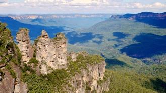 three_sisters_blue_mountains_australia-1